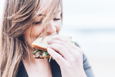 How to get a diagnosis of eating disorder and how to treat it: What you need to know